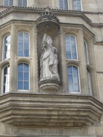 Queen Anne - Univ